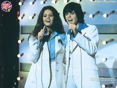 Donny and Marie! A little bit Country and a little bit rock 'n roll!