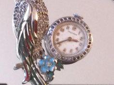 Vintage Unique Croydon  Mechanic Watch Enamel Crystals Parot  Large Brooch Gold Brooches, Gold Cross, Unique Earrings, Gemstone Necklace, Metropolitan Museum, Natural Gemstones, 18k Gold, Swarovski Crystals, Bracelet Watch