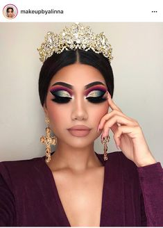 19 new Ideas dress green makeup make up Glam Makeup, Queen Makeup, Girls Makeup, Makeup Cosmetics, Hair Makeup, Dress Makeup, Makeup Case, Makeup Kit, Makeup Trends