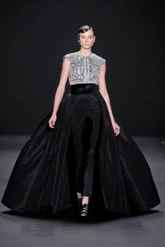 Naeem Khan Fall 2013 runway #NYFW  Reminds me of Lucille Ball's Lucy Ricardo's dress in I Love Lucy