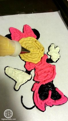 Big Bear's Wife: Minnie Mouse Frozen ButterCream Transfer Birthday Cake