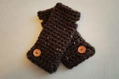 Quick and Easy Cozy Wristers: Free Pattern! - B.hooked Crochet