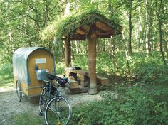 Günther Lorenz, a maker from Bayern designed and built this bike-towed caravan