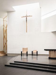 Galería de Capilla del Martir Norteamericano de la Secundaria Jesuita / Hodgetts…