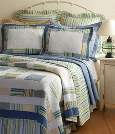 Coastal Waters Quilt - Country Curtains®