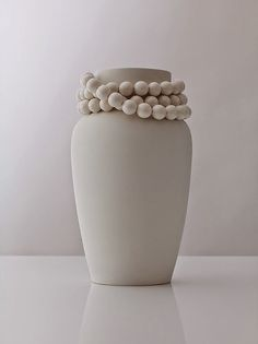 Creative Design, Vase, Marlies, Feminine, and Porcelain image ideas & inspiration on Designspiration Ceramic Jars, Ceramic Pottery, White Vases, Shades Of White, Home Decor Trends, Wooden Beads, Pure Products, Design, Handmade