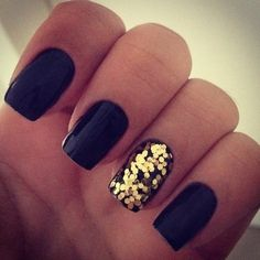 Black nails...and gold glitter on one nail. This is so easy to do, you don't even need gold glitter nail polish...just paint your nails black or whatever color and while it's still wet, shake some glitter onto it and apply a clear top coat. So easy. And totally pretty!