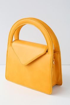 a1a1a651b97c 9 Best Yellow Purses images | Yellow purses, Beige tote bags, Kate ...