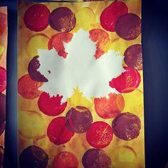 Les feuilles d'automne par les ps. #feuilles #automne #artsvisuels #laurene #laurène #laclassedelaurene #laclassedelaurène #lcdl #petitesection #maternelle #ecole #peinture
