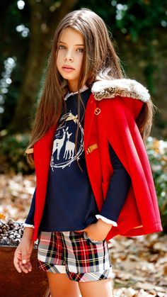 Lanidor: red hood cape for girls.