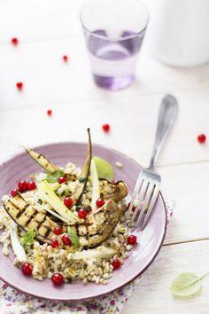 Insalata di cereali con melanzane grigliate, cipollotti e ribes | Oggi pane e salame, domani...