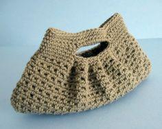 a pattern for a pretty pleated handbag