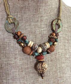 Perles Tribal organiques Pod acajou et par HollyoftheEarth sur Etsy