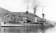 Acorazado Alfonso XIII (rebautizado España en 1931) a comienzo de los años 20