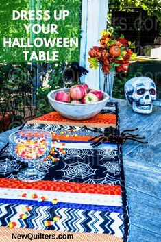 Check out this lively Halloween quilt-as-you-go table runner and get inspired for Halloween quilting. Quilting For Beginners, Quilting Tips, Quilting Projects, Halloween Quilts, Halloween Table, Small Quilts, Easy Quilts, Quilted Table Toppers, Quilt As You Go