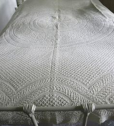 """Museum Quality Antique 1830 50 Center Star Medallion Whitework Quilt 