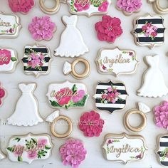 Set de galletas para despedida de soltera #cookies #bridalShowerCookies #bridalShower #bridetoBe #handPaintedCookies gracias por la confianza Sabina :)