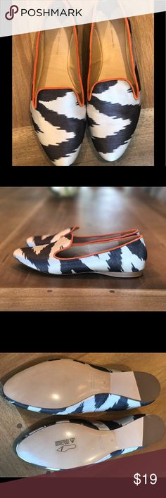 Zara New w/o Tags Loafers Sz 7.5 Zara - New without tags - Size 38 Euro / 7.5 U.S. Smoking Slipper Shoes.  Fabric Upper.  Black & Ivory Print.  Took the tags off but have never worn them.  *Note - Poshmark shows a Size 38 as an US Size 8.  I would say these fit more like a 7.5* Zara Shoes Flats & Loafers