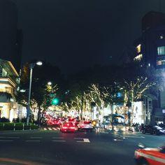 X'mas is creeping to Tokyo.