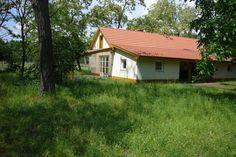 Authentiek vakantiehuis met veel pricacy in Hongarije. Deze vakantiewoning biedt ruimte aan vier personen.