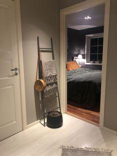 Oversized Mirror, Furniture, Home Decor, Decoration Home, Room Decor, Home Furniture, Interior Design, Home Interiors, Interior Decorating