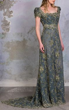 Get inspired and discover Luisa Beccaria trunkshow! Shop the latest Luisa Beccaria collection at Moda Operandi. Lovely Dresses, Beautiful Gowns, Beautiful Outfits, Luisa Beccaria, Fantasy Gowns, Alternative Wedding Dresses, Floral Gown, Gala Dresses, Elie Saab