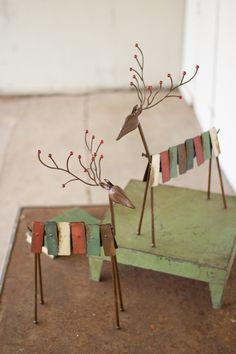 Kalalou Metal Red And Green Reindeer - Set Of 2