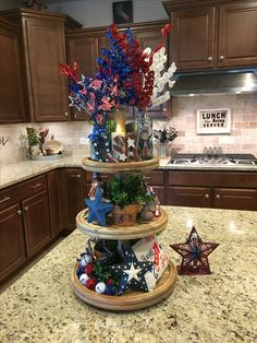 Fascinating Of July Decoration Ideas For Your Dining Room Fourth Of July Decor, 4th Of July Decorations, 4th Of July Party, July 4th, Galvanized Tray, Seasonal Decor, Holiday Decor, July Holidays, Kitchens And Bedrooms