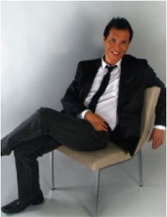 Oscar Figueroa American Artists, Artisan, Designers, Formal, Style, Fashion, Craftsman, Preppy, Fashion Styles