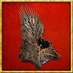 Game of Thrones - Bronze Statue Eiserner Thron Game Of Thrones Merchandise, Daenerys Targaryen, Queens, Lion Sculpture, Bronze, Fantasy, Statue, Games, Art