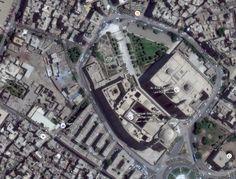 منظور رأسي لموقع مسجد ومدرسة السلطان حسن