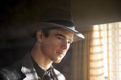 "Josh Hartnett - ""The Black Dahlia"" (2006) - Costume designer : Jenny Beavan"