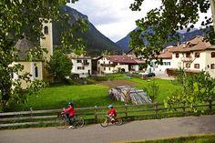 La pista ciclabile in Val di Fiemme www.visitfiemme.it