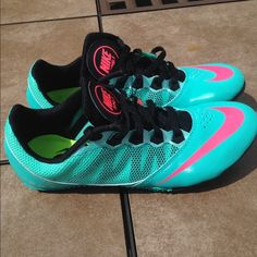 Nike Women's Track Sprinting Shoes Size 7 Great condition! Missing a couple spikes but those are really cheap at most sporting good stores! ALL OFFERS MUST BE DONE USING THE OFFER BUTTON ONLY I WILL NOT ACCPET OR REPLY TO ANY OFFERS IN THE COMMENTS! :) :) Nike Shoes Athletic Shoes