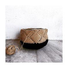 Crochet Mittens Free Pattern, Easy Crochet Patterns, Diy Crochet Bag, Knit Crochet, Granny Square Bag, Crochet Handbags, Crochet Projects, Knits, Knitting