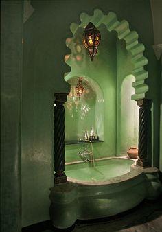 La Sultana Marrakech, Marrakech, Morocco http://www.ghotw.com/la-sultana. Moroccan Lamp.