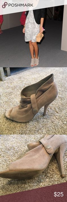 Steven by Steve Madden Midory Ankle boot Steven by Steve Madden Midory Ankle boots in Khaki Suede, Size 6, good pre owned condition slight wear. Worn only a couple of times. Steven by Steve Madden Shoes Ankle Boots & Booties