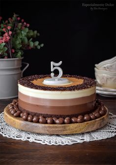 Especialmente Dulce: Tarta de queso tres chocolates 5º Aniversario del blog Death By Chocolate, Chocolate Shop, Cheesecakes, Tasty Chocolate Cake, Pastry Cake, Sin Gluten, Afternoon Tea, Mousse, Cake Recipes