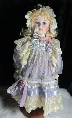 """Mundia Doll """"Violette"""" 18"""" reproduction bebe Jumeau- limited to 500 wood body in 