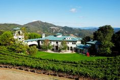 The Best Celebrity Country Homes via @domainehome