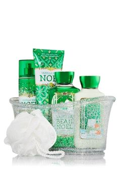 Fragrance with a hint of shimmer! A dreamy blend of French tulips with a pop of pink champagne Body Works, It Works, Sets Math, Bath And Bodyworks, Pink Champagne, Facial Masks, Shower Gel, Body Lotion, Body Care