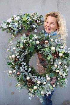 wianki i stroiki – pracownia tendom.pl wianki i str., wianki i stroiki – pracownia tendom.pl wianki i stroiki - pracownia tendom. Christmas Advent Wreath, Christmas Flowers, Christmas Door, Outdoor Christmas, Winter Christmas, Christmas Crafts, Wreaths And Garlands, Holiday Wreaths, Deco Floral