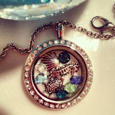 Medium silver crystal locket