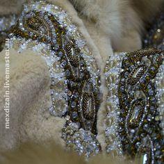 шуба` Скандинавия`. Шубка из скандинавской щипанной норки и обесцвеченной куницы,украшенная авторской вышивкой и брошью.