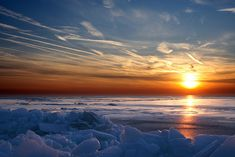 Sunrise on Lake St. Clair in the winter.