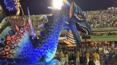 Paraíso do Tuiuti encerra desfile na Sapucaí (Foto: Reprodução / TV Globo)