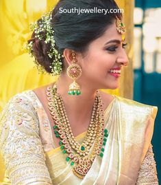 Sneha Prasanna in Polki Jewellery - Indian Jewellery Designs Indian Jewellery Design, Indian Jewelry, Jewelry Design, Jewellery Photo, Gold Jewellery, Mango Mala Jewellery, South Indian Jewellery, Fancy Blouse Designs, Bridal Blouse Designs