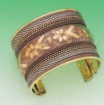 Handmade Cuff of Brass, Copper and white color metal of 2 inch size