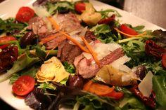 Steaksalat à la Bine Steaks, Steak Salat, Beef, Food, Easy Cooking, Good Food, Losing Weight, Food Food, Beef Steaks