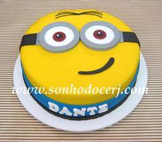 Cupcakes Dos Minions, Fondant Minions, Torta Minion, Bolo Minion, 3rd Birthday Cakes, Minion Birthday, Minion Cake Design, Disney Cake Pops, Cake Decorating For Kids